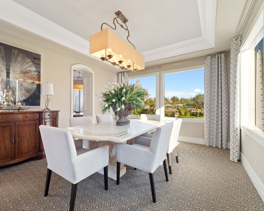 1820 Glenview Drive | DINING WITH A VIEW