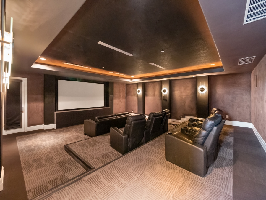 587 St Croix Street | Intimate Theater