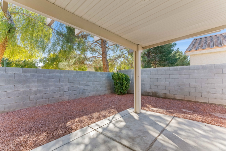 7629 Buckskin Avenue | COVERED PATIO