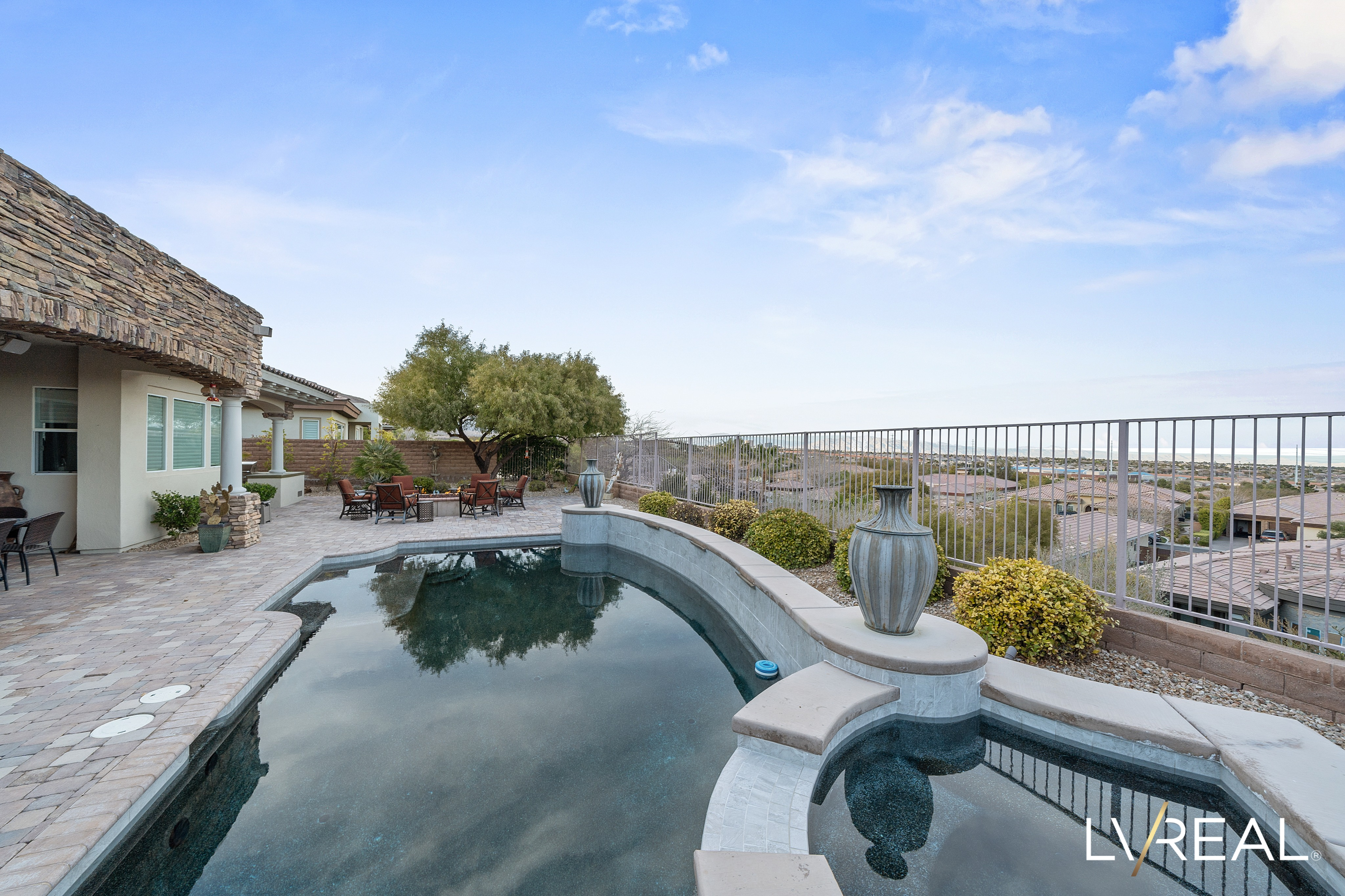 20 Cross Ridge Street |